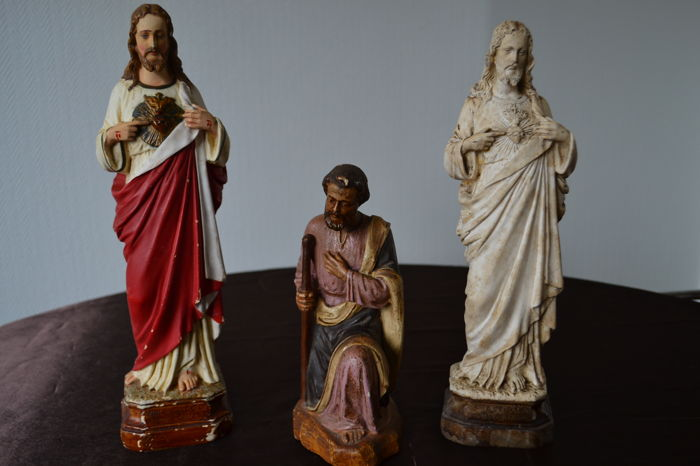 3 polychrome or white plaster religious statues stamped: Sacré Coeur ...