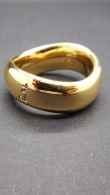 Pomellato large ring band in 18 kt yellow gold. Diameter: 16.4 mm. Original packaging, vintage Pomellato.