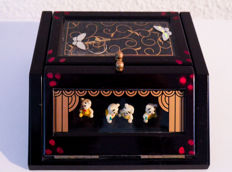 Lovely Quirky Musical Box