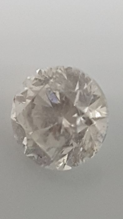 1.02 ct - Round Brilliant - White - D / SI2