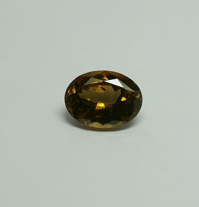 Crysoberyll - orangy-brown  6.47 ct