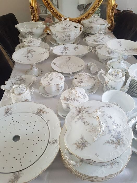 An extensive Rosenthal porcelain dinner service, 68 pieces, Germany, circa 1896 - 1906