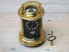 Carriage clock from France in excellent condition. Dates back to early 1910 – 1920.