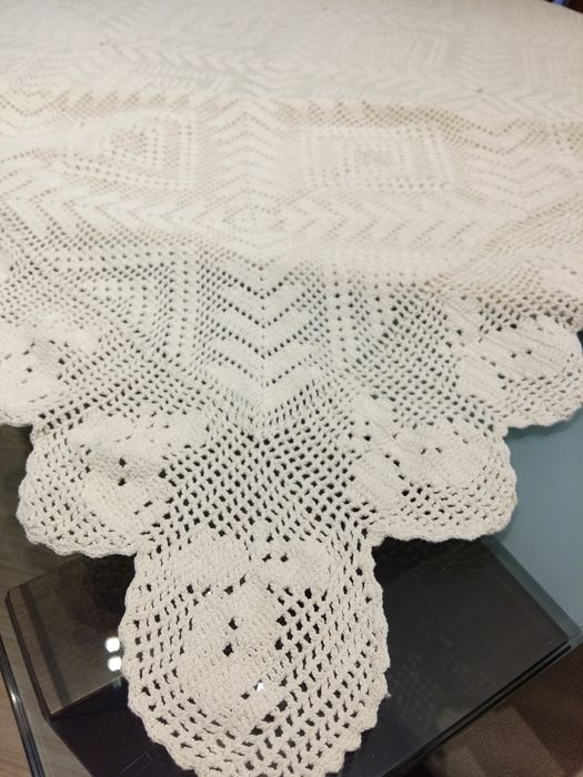 Florence Precious And Large Handmade Tablecloth. Completely Handmade In  Crochet Technique   Size: 200 X 170