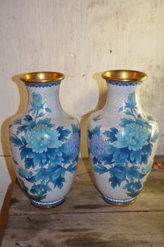 Pair large fine cloisonné flower vases; Jingfa - China - second half 20th century