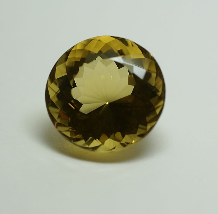 Citrine, brownish-yellow,  34.93 ct    No Reserve