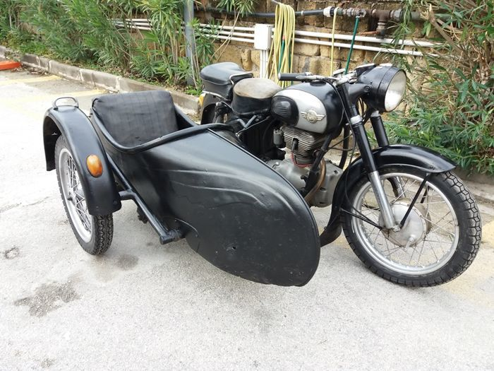 1958 Simson 425 S Sidecar + another Simson Bike + another Simson Engine -  Catawiki