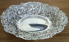 Victorian silver dish - William Comyns - London - 1892