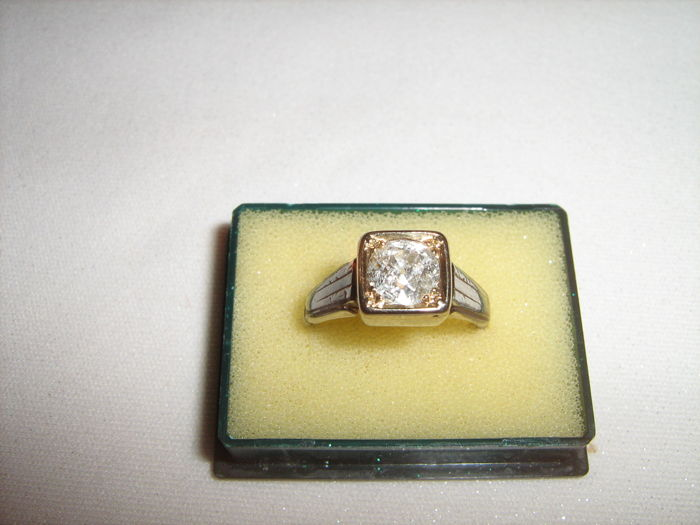 1,2 ct natural radiant  cushion diamond ring womens-3,1 g.