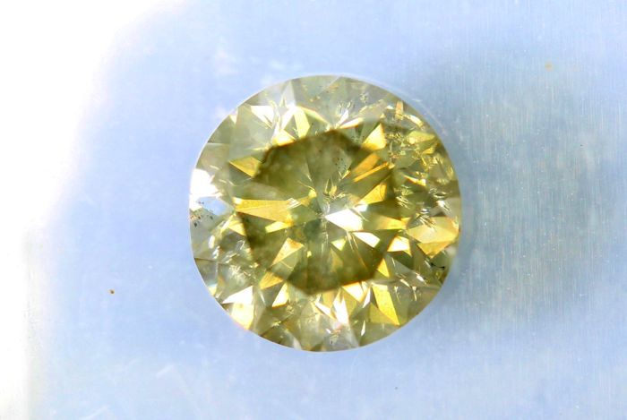Fancy INTENSE Greenish Yellow –  1.00 ct