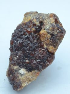 Perfectly terminated Garnet crystals bunch - 9×4×4.5 cm -456 g