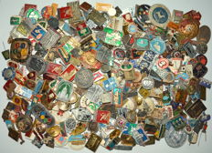 USSR Russia - Lot of 500 pins and medals, different themes