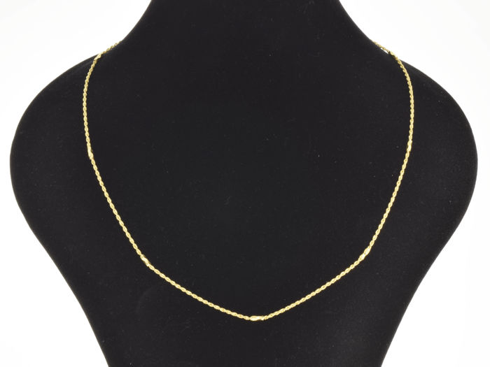 18k. Gold Necklace - 50 cm.