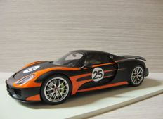 Spark - Scale 1/18 - Porsche 918 Weissach Package