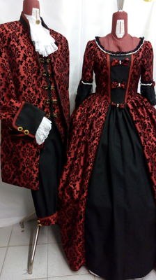 Vintage costumes - Pair of vintage costumes inspired by 18th century style, manufactured in red taffeta with black velvet design