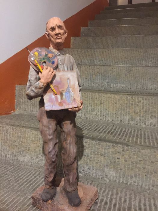 Terracotta sculpture depicting a painter - from 1940, signed