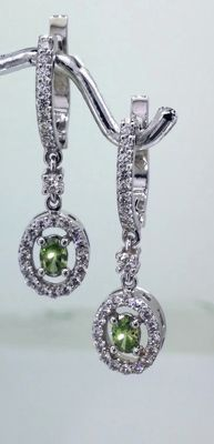 14kt gold Earrings with green diamond 0,40ct and white diamonds 0,75ct