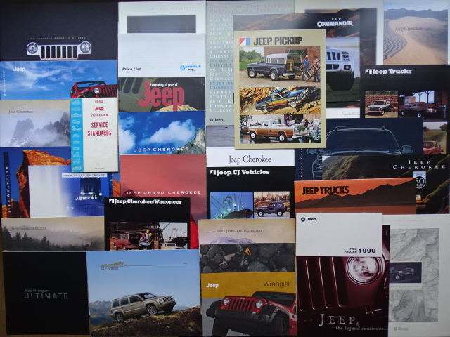 1962 - 2010 - JEEP CJ, Cherokee, Wrangler, Patriot, Grand Cherokee, Wagoneer, Trucks, etc etc - Mixed lot of 32 original sales & historical brochures