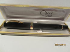 "Fine Omas ""Milord"" GT dodecahedral black rollerball pen, large size, in great condition."