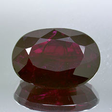Ruby – red –  3.14 ct