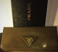 Prada - Saffia Model Wallet