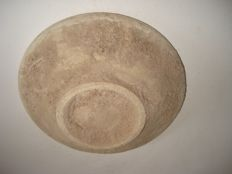A Chinese ceramic bowl  -  139 x 32 mm