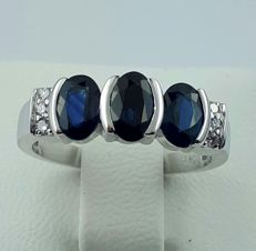 Sapphire & Diamond Ring, 14/585 CT White Gold, size 16.50mm, Total Weight 3.50g