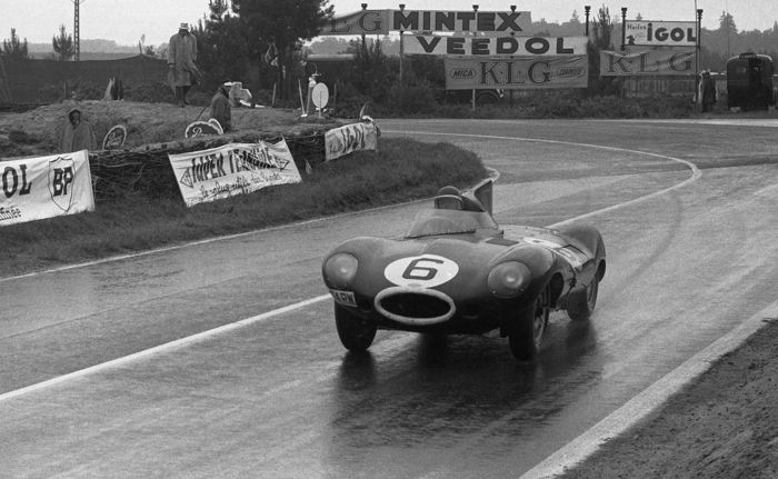 1955 Le Mans 24 hour Jaguar D Type winner Hawthorn  black and white photograph 54cm x44cm