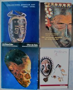 Lot with 10 books about the Oceanian art and culture.