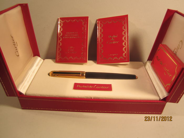 "Rare and precious vintage fountain pen Cartier ""Pasha"" 1986 with box and guarantee, large size, in excellent condition"