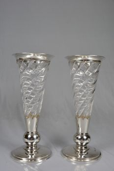 Pair of conical vases with silver trim, United Kingdom, 1892