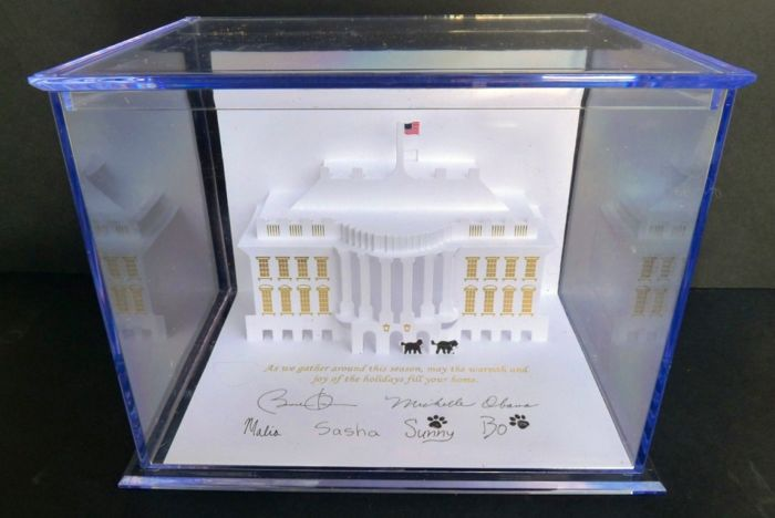 """Barack Obama Collector - Authentic """"White House 2013 official Christmas card"""""""