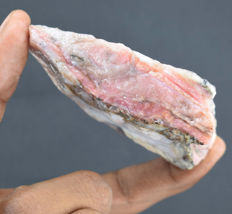 Natural fantastic pink opal rough - 90x60x23mm - 624ct
