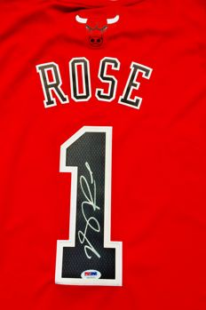 Derrick Rose #1 / Chicago Bulls - Authentic & Original Signed Home Jersey - with Certificate of Authenticity PSA/DNA