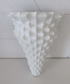 Mieke de Groot - Ceramic wall object