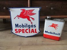 Enamel advertising sign Mobilgas and Mobiloil - 2nd half of 20th century.