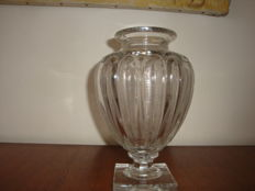 Baccarat crystal - reproduction vase