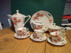 Victoria, eggshell porcelain tea service, poppies Art Deco