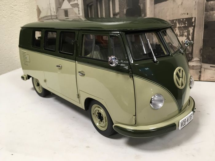Sun Star - Scale 1/12 - Volkswagen Standard 1957 - Green / Green - Limited Edition 1,000 pcs
