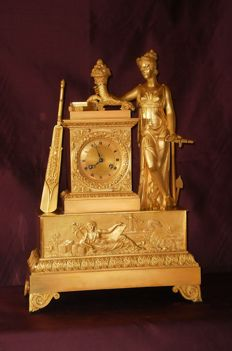 IMPORTANT Charles X clock - Gilt bronze and chiselled - France c. 1825