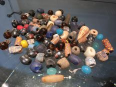Lot of 104 glass beads - MALI