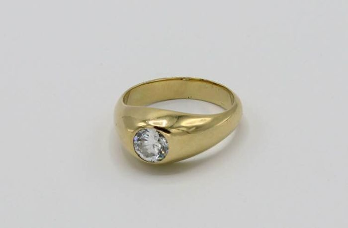 dd97c110020eb 14 kt gold men's pinky ring - solitaire ring with brilliant cut diamond of  0.75 ct. - Catawiki
