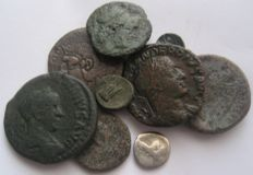 Interesting Lot of 10 Bronze (9) and Silver (1) Roman e Greek coins