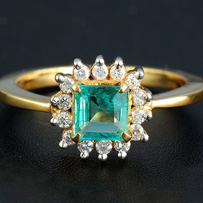 Emerald Diamond 18 kt Wedding Ring - Ring size: 6.50 (US) approx.