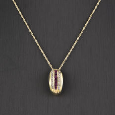 Choker with pendant in 750/18 kt yellow gold - Diamonds of 0.25 ct - Rubies, 0.80 ct