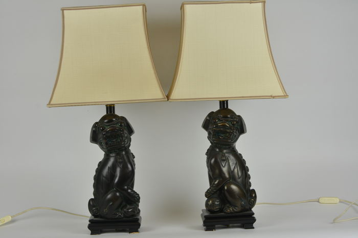A pair of night lights in bronze - China - late 20th century (63 cm)