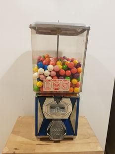A&A co. USA gumball machine from the 2nd half of the 20th century