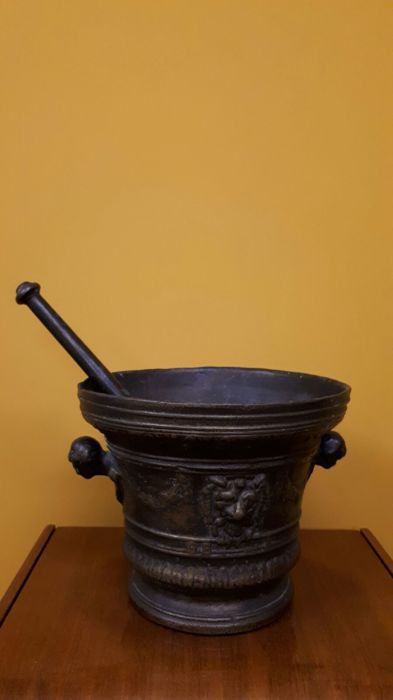 Large bronze mortar, France 1630