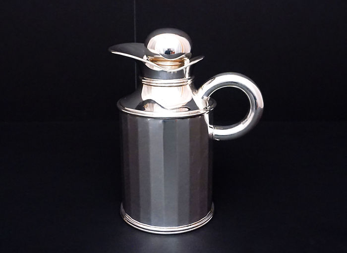 Thermos-thermal pitcher for cold or hot drinks. Silversmith A.Cesa. Alessandria (Italy), first half of the 20th century