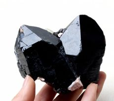 Black Quartz Crystal Cluster - 94 x 74 x 61 mm - 394 gm